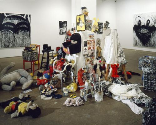 Joyce Pensato, Batman Returns. Installation shot. Courtesy of Friedrich Petzel